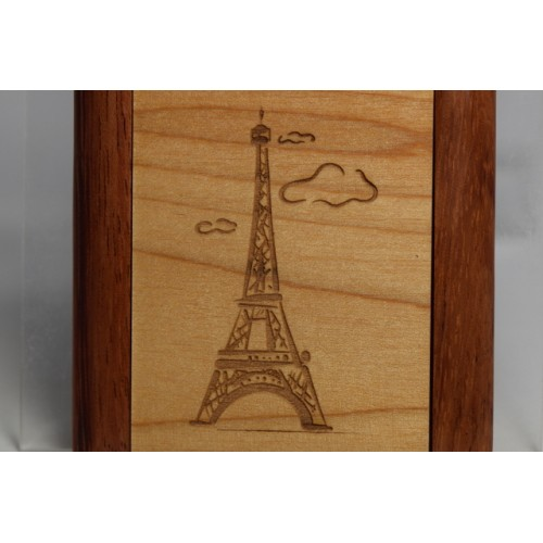 Mirror Compact with engraved Eiffel Tower